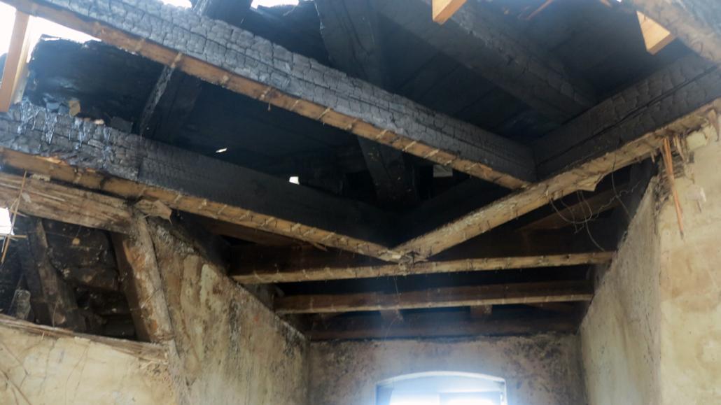 Wiederherstellung des Dachgeschosses nach Brandschaden